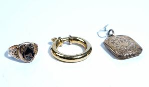 A Victorian gold, rose diamond set and black enamelled mourning ring,