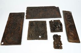 Six various 17th century carved oak fragments (6).