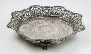 A Portuguese octagonal centrepiece bowl,