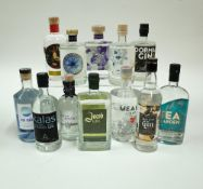 "Box 5 - Gin Jin Mor Kalas Gin Sankt Galler Bibergin Jakob Belgian Gin Meanie ""Red"" London"