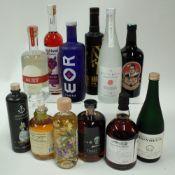 Box 46 - Mixed Spirits Spitzmund Egg Liqueur Highland Boundary Scottish Liqueur Keys and Bricks