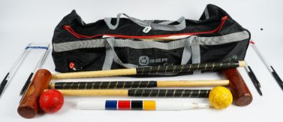 An Uber croquet set with bag and a Funtime garden game (3).