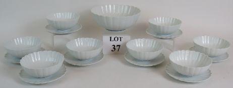 An eight setting Japanese porcelain frui