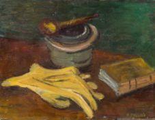 Alfred Pellan1906–1988Nature morte aux gants, pipe et livre1931Öl auf Holz26,5 x 35 cm