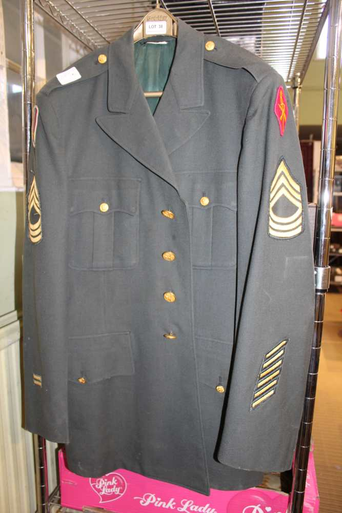 Lot 38 - AN AMERICAN MILITARY DRESS JACKET