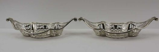 HAMILTON & INCHES A PAIR OF LATE VICTORIAN SILVER BONBON DISHES of boat form with scroll ends and