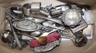 A BAG CONTAINING MIXED METALWARES to include hallmarked silver