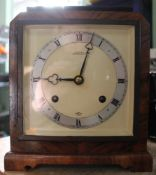 AN ART DECO DESIGN MANTEL CLOCK, bearing the names 'Knowles' of Stratford-on-Avon