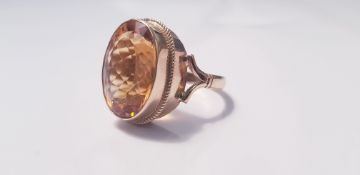 A yellow gold marked 375, Citrine ring, ring size O, approx. weight 7gms. IMPORTANT: Online