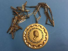 A necklace and pendant, both stamped '750'