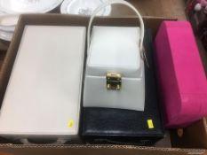 Quantity of jewellery boxes