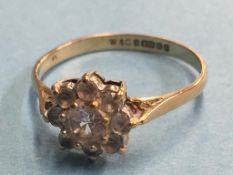 A 9ct gold dress ring, size Q/R, 1.9g