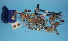 Tray containing assorted costume jewellery and a Gents 9ct gold Rotary watch