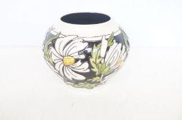 Moorcroft Phoebe summer vase Height 11 cm