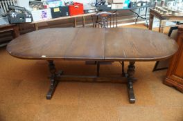 Old charm style extending dining table