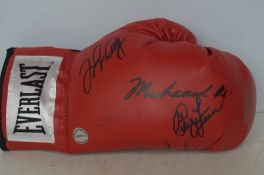 Everlast boxing glove, signed by Muhammad Ali, Mik