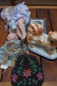 Collection of items to include a bakelite beaded b