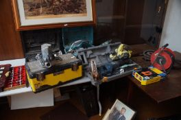 Good collection of power tools to include Makita