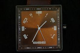 Gents Delarocho 666 square faced wristwatch