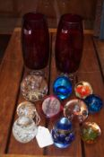 Collection of 11 paperweights together with 2 art
