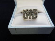 Silver & gold plated Manchester United ring Size V