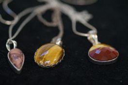 4 Silver Necklace Stones