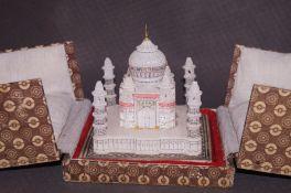 Boxed alabaster Taj-Mahal