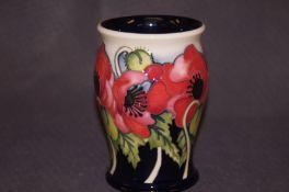 Moorcroft limited edition 23/50 vase, Yeat's poppy