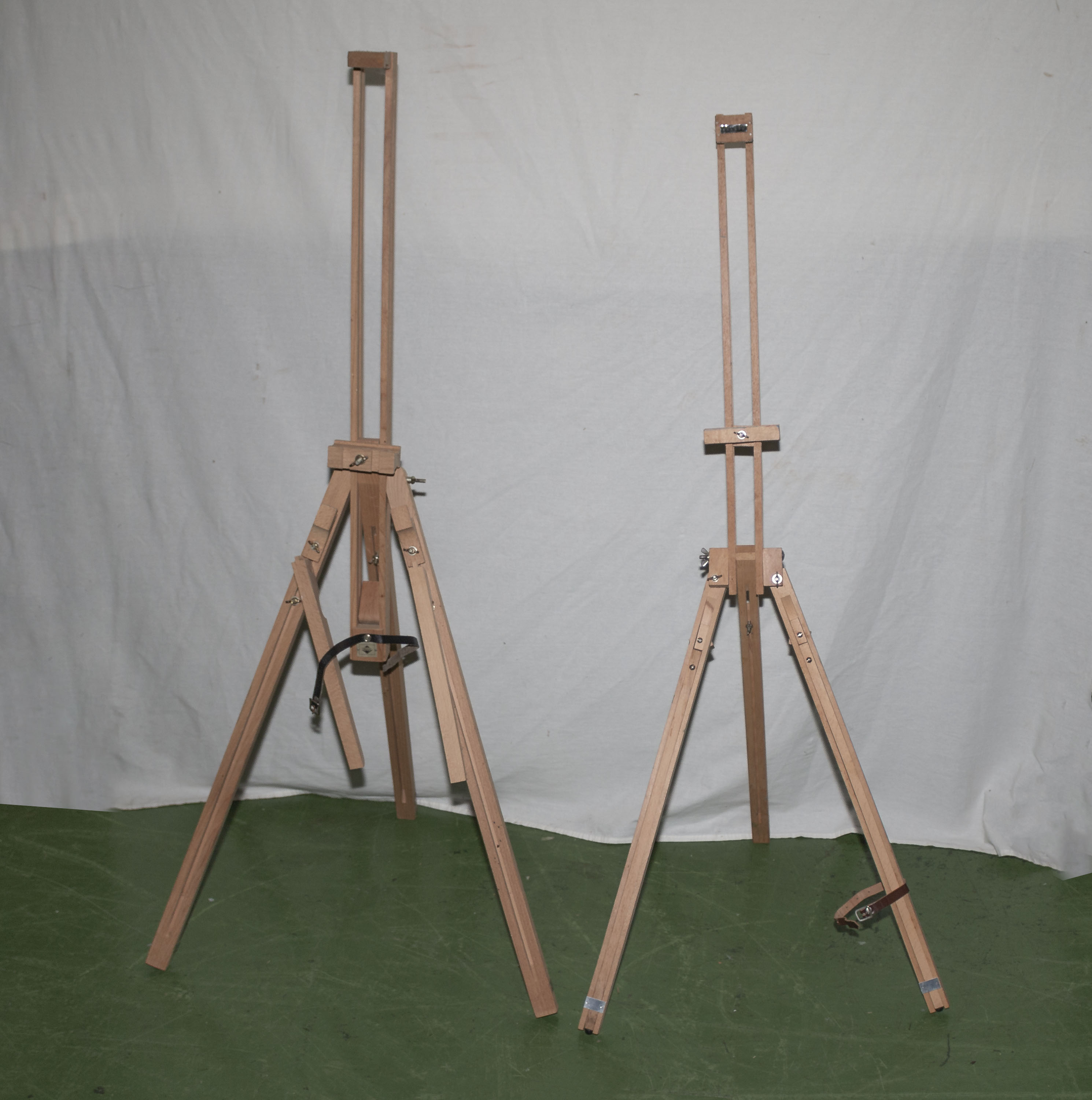 Lot 13 - Two artists easels