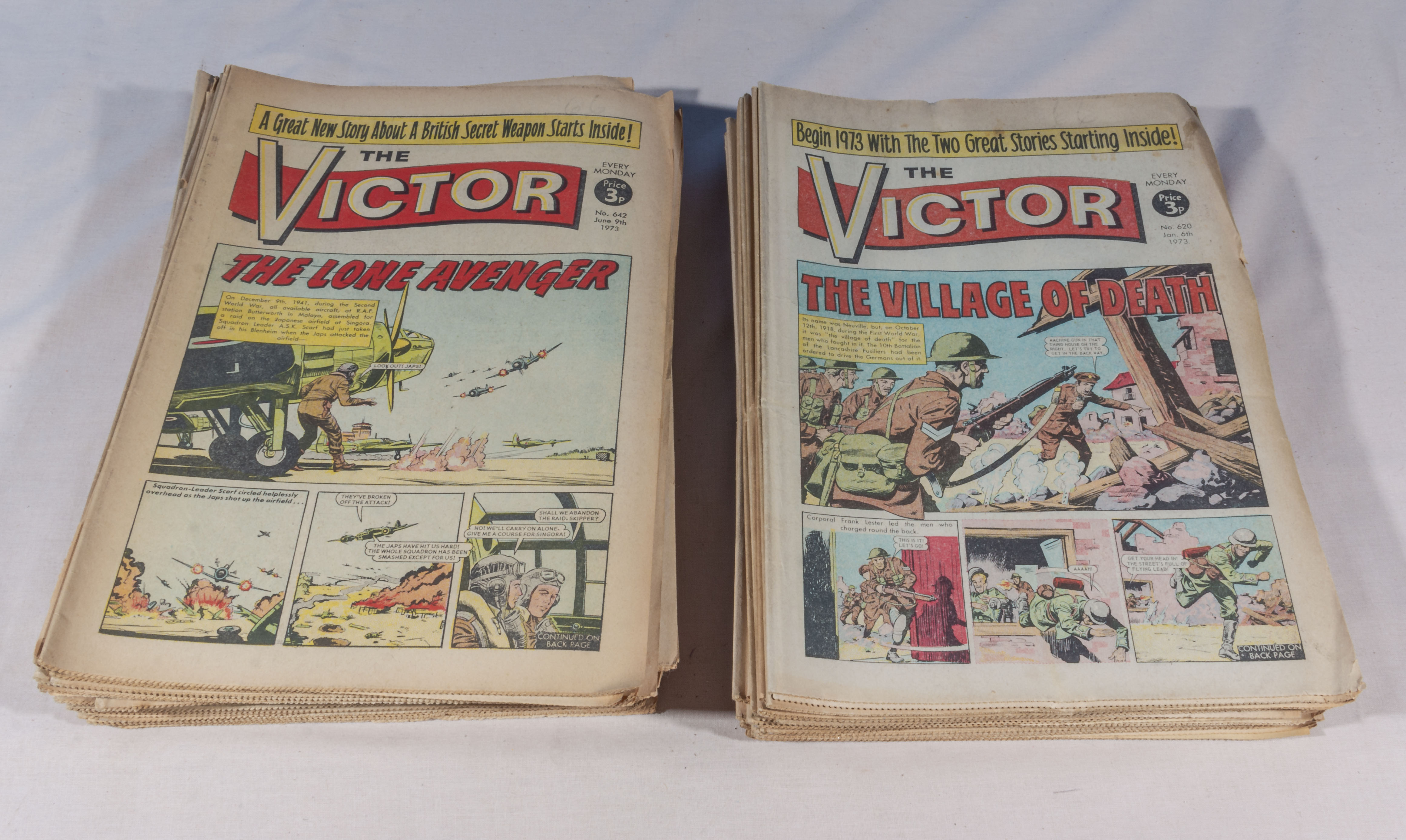 Lot 17 - 52 vintage Victor comics full year 1973