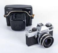 Vintage Praktica camera in original black leather case Pentacon made in DDR lense tessar 2.8/50 Carl