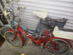 Two vintage ladies bikes to include a Hercules Compact