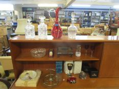 A mixed lot to include an Italian mid century Bitorsi pottery vase, boxed Fred Olsen tumblers, a