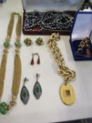 Costume jewellery to include amber earrings, silver and green stone Art Deco style earrings and