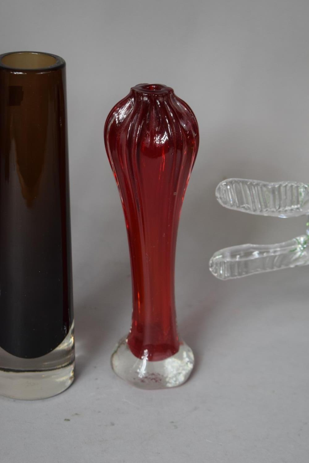 Lot 273 - A Collection of Coloured and Plain Glassware to include Hand Blown Green Glass Crocodile Inspired