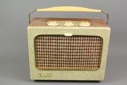 Ever Ready London Portable 1950's Transistor Radio Sky Queen