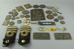 Box of 19th and 20th Century Bronze Medallions