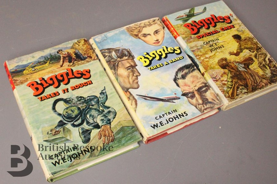 Three Captain Johns Biggles 1st Edition in Dust Jackets - Image 2 of 11