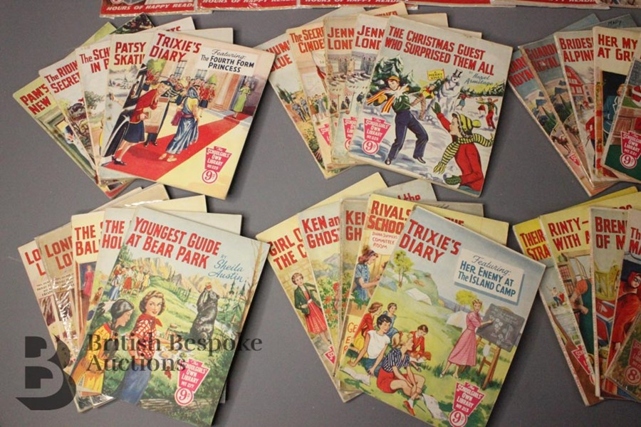 Thirty Six Schoolgirl's Own Library Comic Books nr179-318 - Image 2 of 4