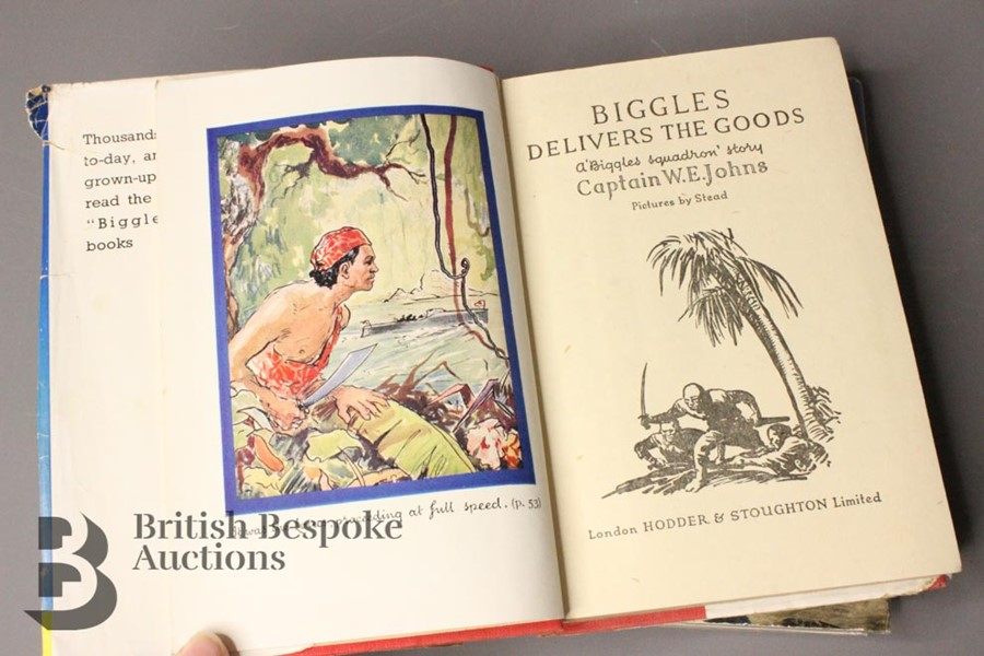 Two Captain W. Johns Biggles Wartime 1st Editions in Dust Jackets - Image 7 of 9