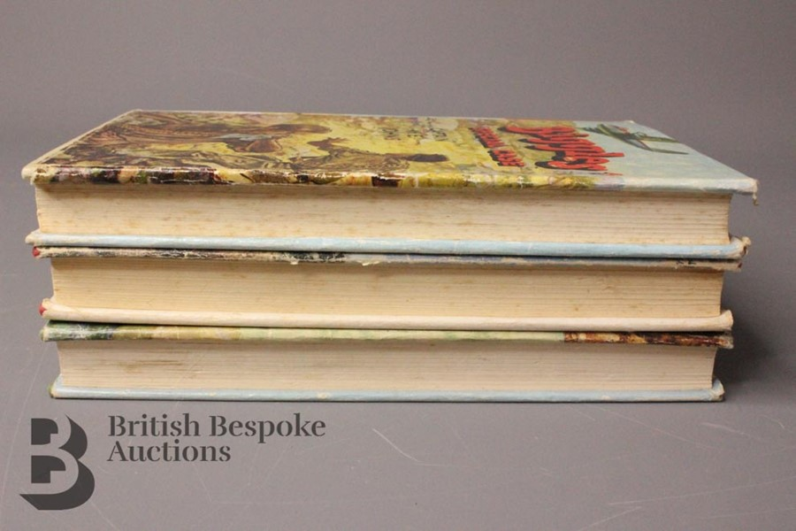 Three Captain Johns Biggles 1st Edition in Dust Jackets - Image 4 of 11