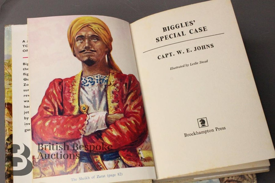 Three Captain Johns Biggles 1st Edition in Dust Jackets - Image 6 of 11