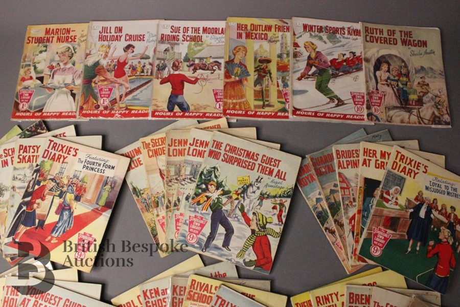 Thirty Six Schoolgirl's Own Library Comic Books nr179-318 - Image 4 of 4