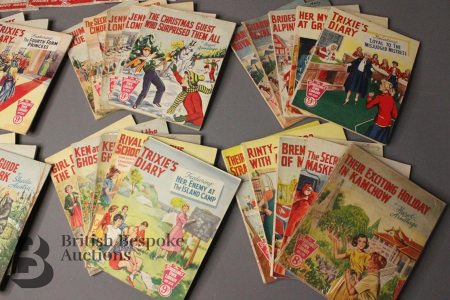 Thirty Six Schoolgirl's Own Library Comic Books nr179-318 - Image 3 of 4
