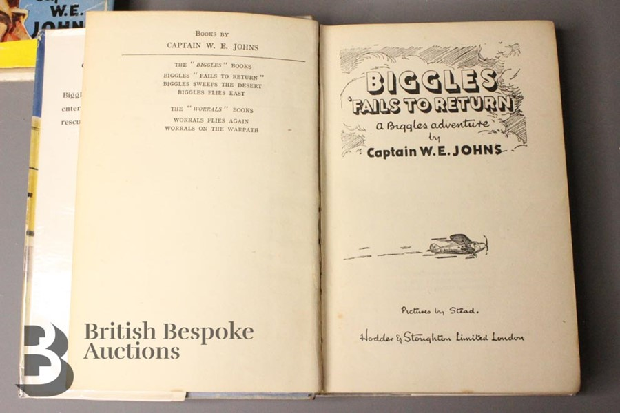 Two Captain W. Johns Biggles Wartime 1st Editions in Dust Jackets - Image 9 of 9