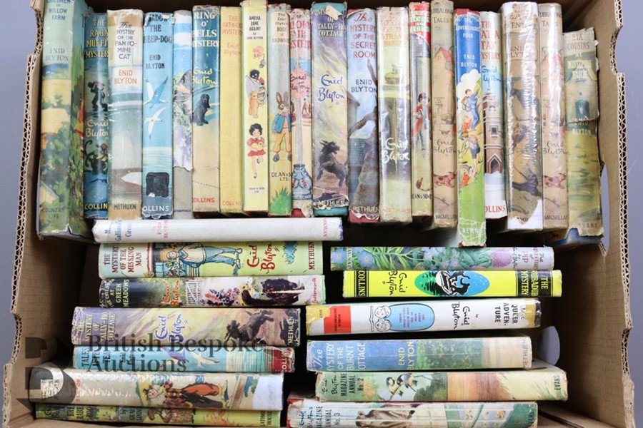 Approx. 100 Enid Blyton Reprints in Dust Wrappers - Image 5 of 10