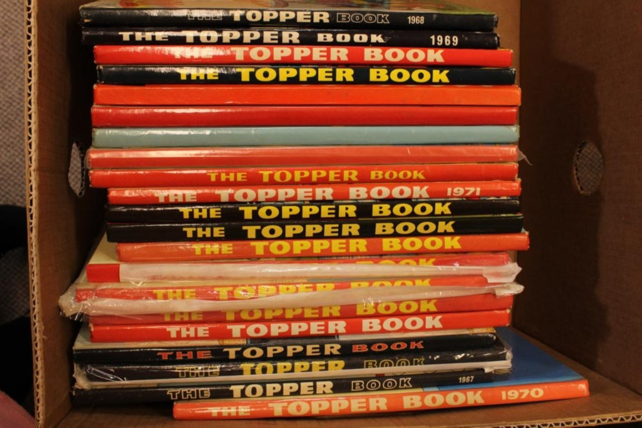 25 The Topper Book Annuals from 1955 Onwards and 36 The Topper Comics - Image 4 of 4