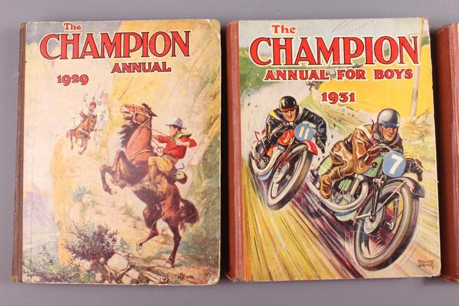 21 Champion Annuals and 57 Champion Comics 1925 - 1968 - Image 3 of 5