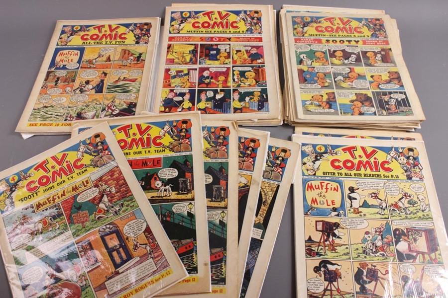 42 TV Comics No. 103 to 258, 1953 to 1956