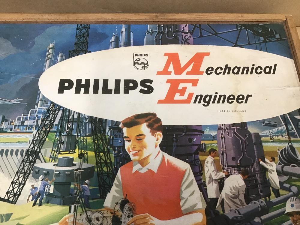 Lot 14 - PHILIPS MECHANICAL ENGINEER 1200, IN ORIGINAL BOX